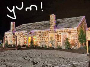gingerbread-house-massive-texas__oPt