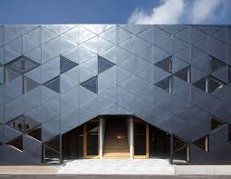 trianglebuilding4