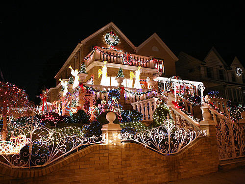 christmasdecoraratedhouses5
